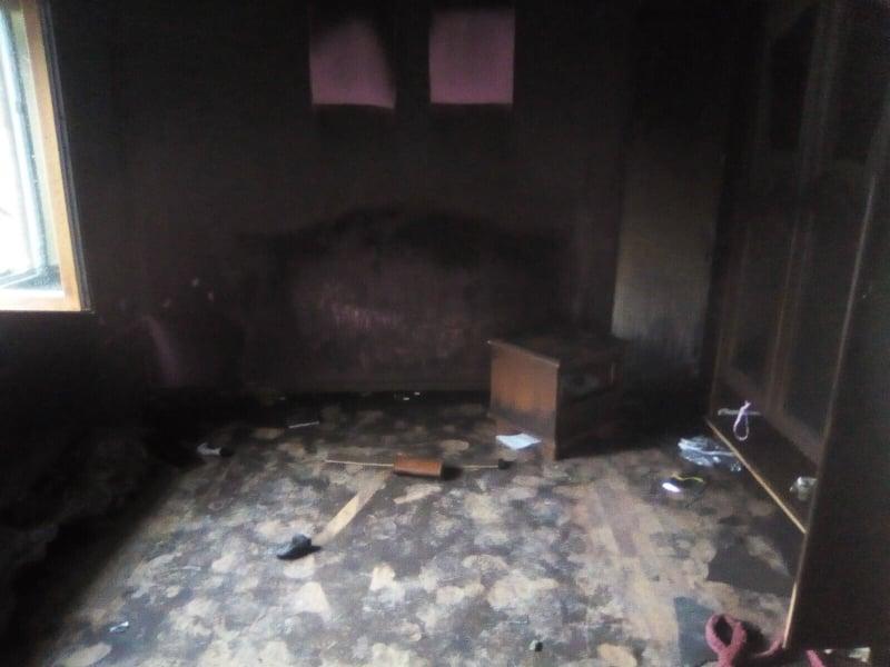 8-річна дівчинка винесла свого 4-річного братика із палаючого будинку