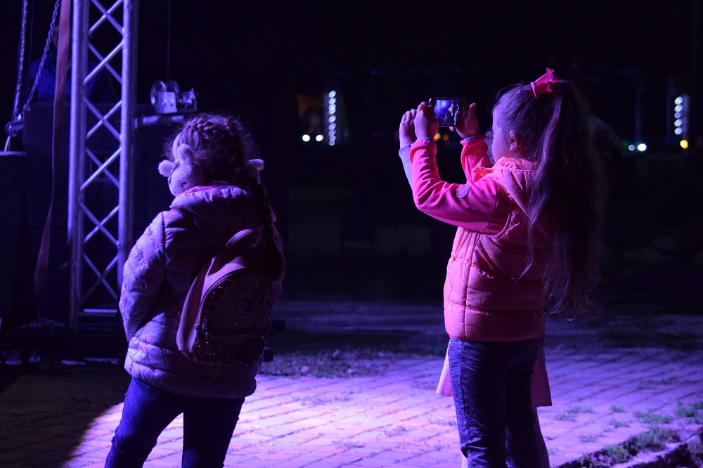 """Наїдки, музика та танці: В Ужгороді стартувало """"Бабине літо у Боздоському парку"""" (ФОТО), фото-17"""