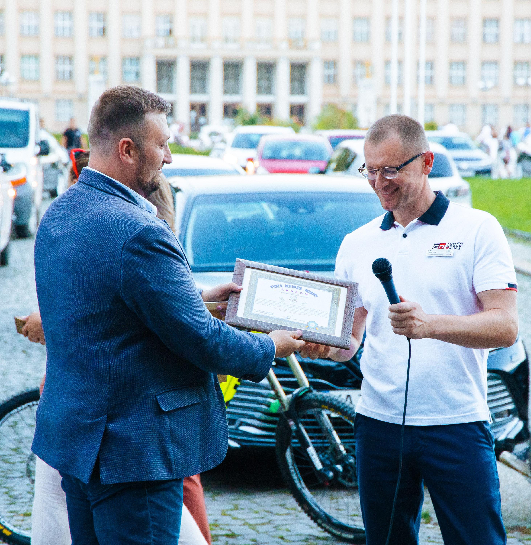 Неймовірні 1000 км за 85 годин: в Ужгороді встановили біговий рекорд України (ФОТО), фото-17