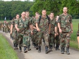 З армії – у безробітні? Останні дні закарпатських «гвардійців»