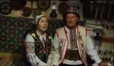 """Закарпатське подружжя відзначило День закоханих """"золотим"""" весіллям у власному музеї (ВІДЕО)"""