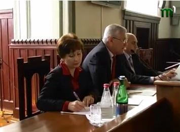 У Мукачеві говорили про інтеграцію циганів (ВІДЕО)