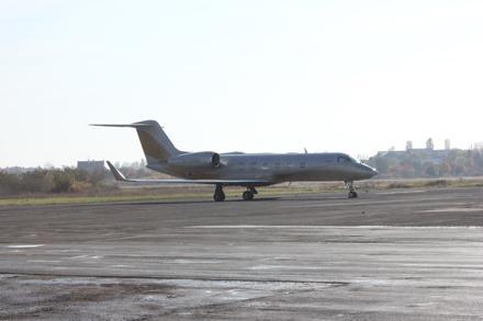 Тепер міжнародний аеропорт ужгород